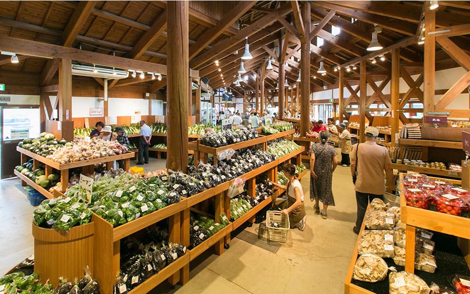川場の食材の揃うマーケット